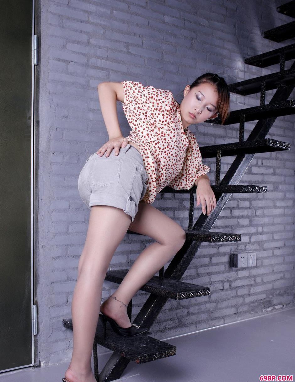 超美超模香香黑丝无与伦比的气质1_337P美女裸体艺术写真