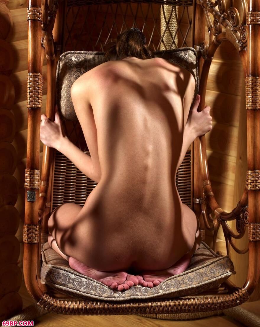 国外美人人体艺术写照2_熟妇不带套12P