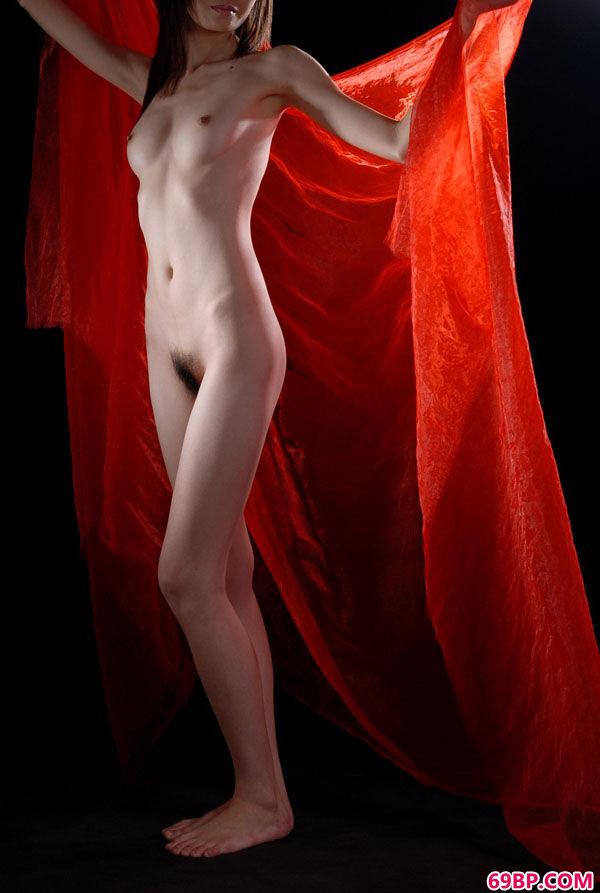 岛国嫩模人体艺术之红帆艳舞