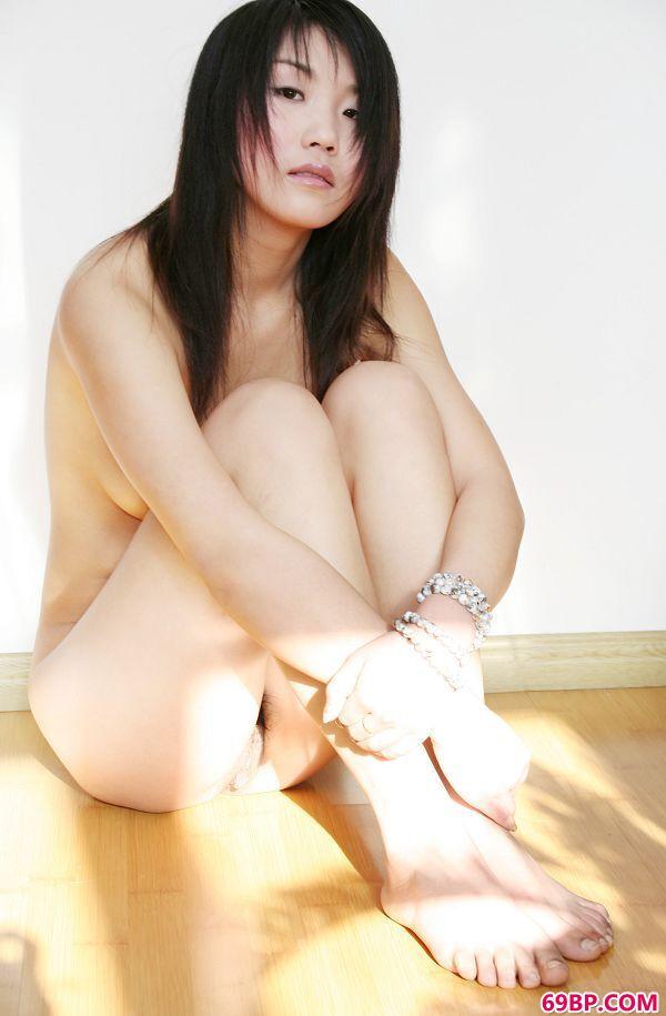 徐润―《Plentifu》2_扒开腿开嫩苞
